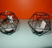 zwart metalen kubus lichtjes