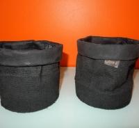 Bob mat zwarte rubberen potten
